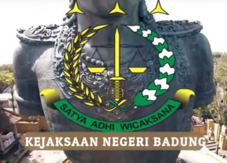 Pelaksaan Tahap II tsk Imam Mundor als Adam als Dori yang melakukan tindak pidana cukai