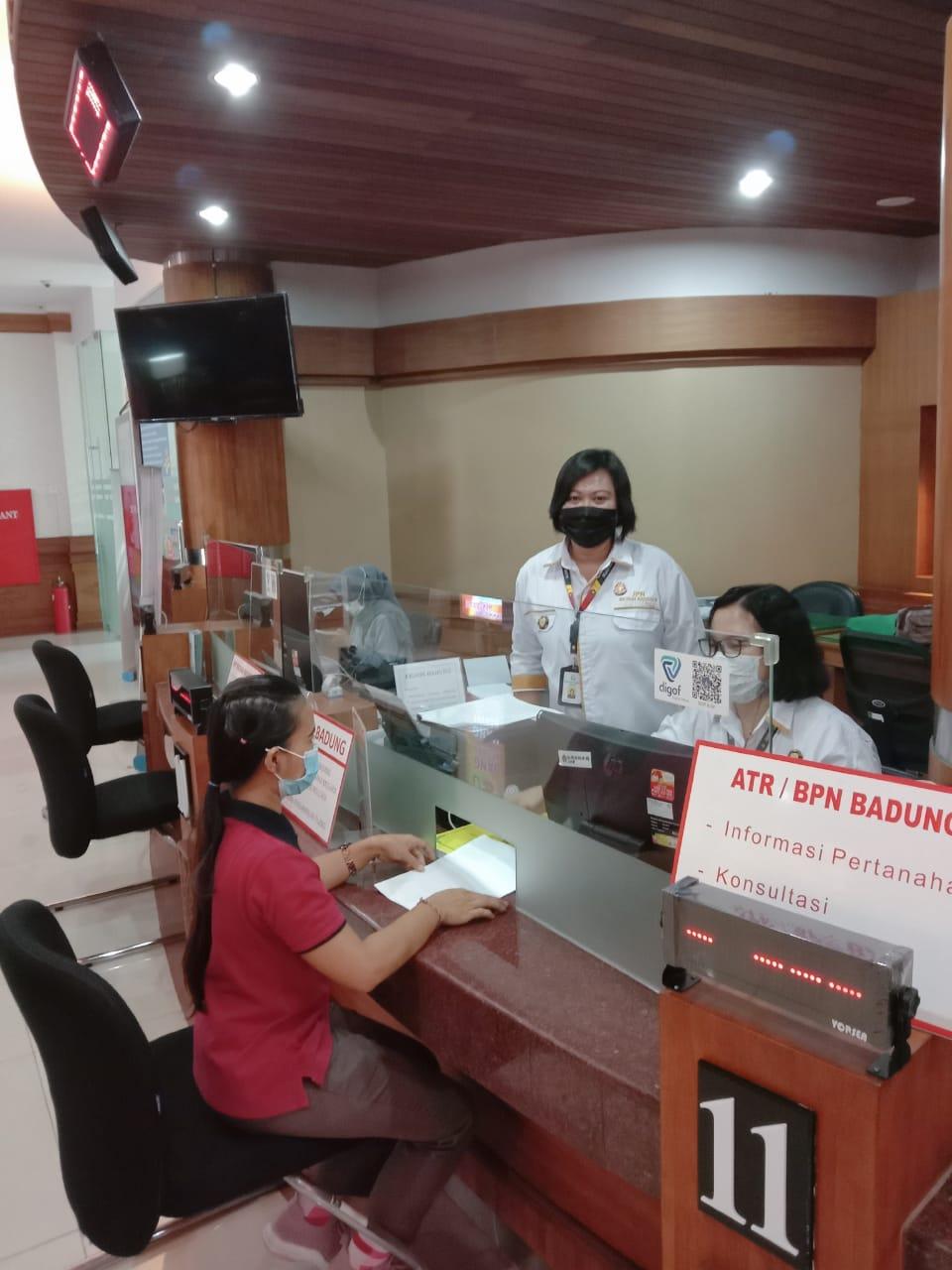 Tim JPN menerima Pelayanan Hukum Gratis di MPP Kabupaten Badung