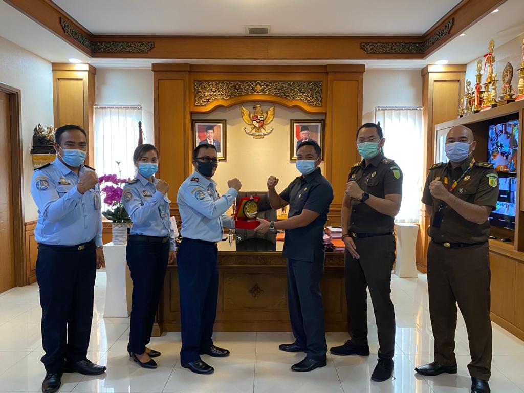 Kunjungan Kepala Rumah Detensi Imigrasi, solaturahmi dan mohon pendampingan rencana rehabilitasi kantor Rumah Detensi di Jimbaran